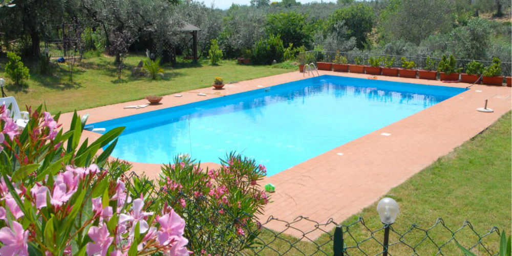 Farmhouse with swimming pool near Rome